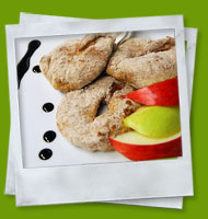 Apple rings with cinnamon